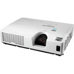 Hitachi CP-RX82 3LCD Technology XGA 2200 Lumens