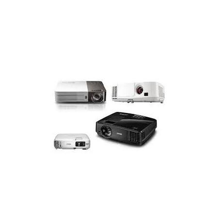 Pronyektor Epson EBS18 Lumens 3000 DLP