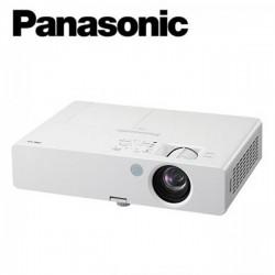 Panasonic PT-LB3 Proyektor XGA 1024x768 3200 Ansi Lumens LCD Technology